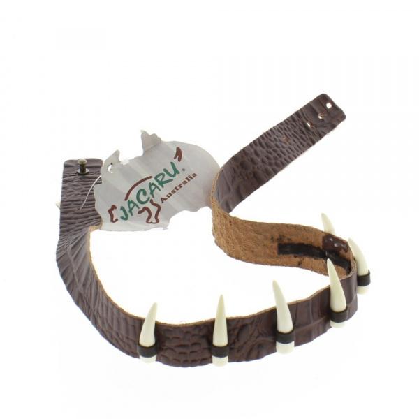 Garniture chapeau cuir et dents de croco