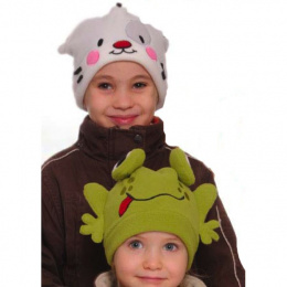 Funny hat green frog child