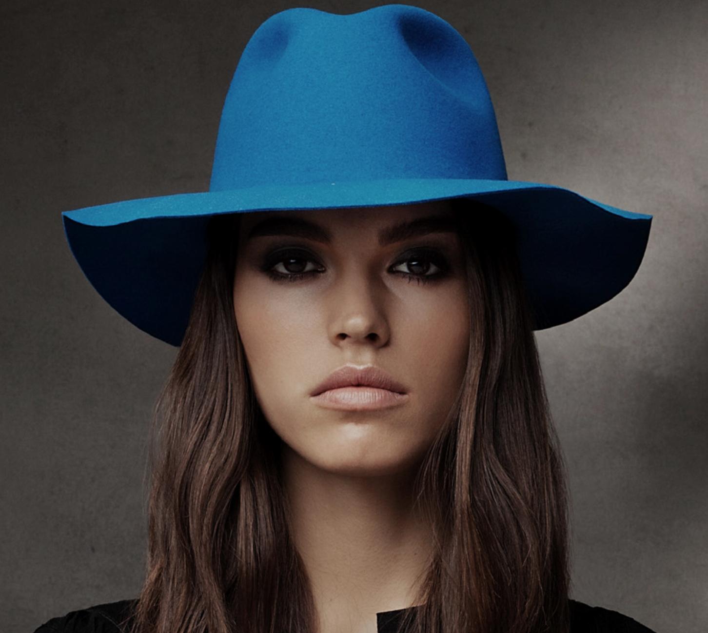 3d8bfd1db62 https   www.chapellerie-traclet.com fr bonnet 3202-bonnet-a-pompon ...