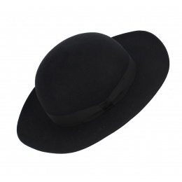 Cardinal's hat