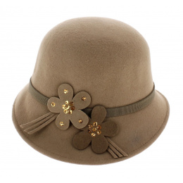 hat cloche beige 30s
