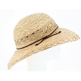 Straw hat woman