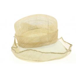 July - chapeau de cérémonie
