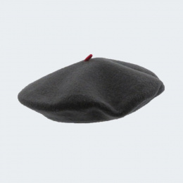 beret mode grey rock woman