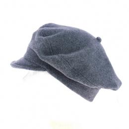 gray polar fleece cap