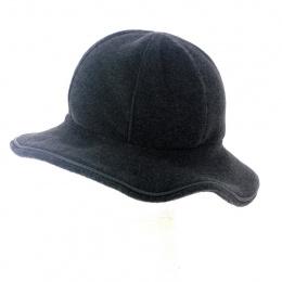 grey fleece hat