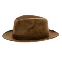 Gambler Hat Alcantara Hazelnut - Crambes